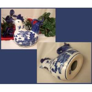 Blue Willow Ceramic Rooster Wit Big Tail: Home & Kitchen