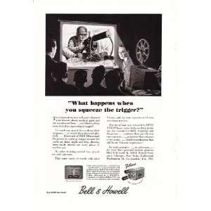 & Howell Training Film Machine Gunner Original Vintage War Print Ad