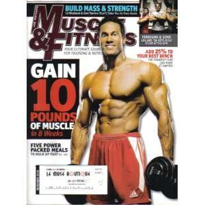 LBS OF MUSCLE + LOU FERRIGNO & SONS AT THE GYM Peter McGough Books