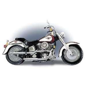 1998 Harley Davidson Fat Boy Motorcycle   110 Scale Die Cast Replica