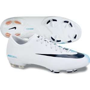 Nike Mercurial Victory FG  Sports & Outdoors