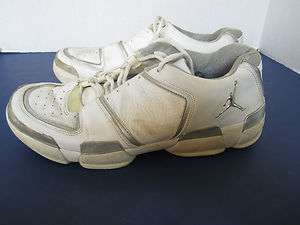 Mens Jordan White Low Top Basketball Shoes 10M