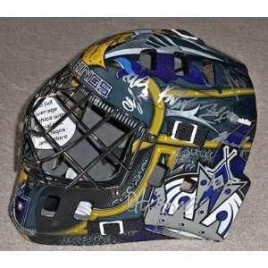 2011 LOS ANGELES KINGS Team Signed Goalie Mask w/COA