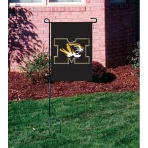 MISSOURI TIGERS OFFICIAL LOGO GARDEN FLAG + STAND  Sports
