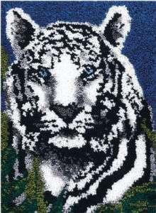Caron Wonderart Latch Hook Kit   White Tiger 24x34