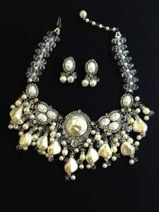 LAWRENCE VRBA DIAMONDS PEARLS BEADS BIB COLLAR NECKLACE EARRINGS SET