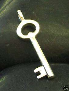 JJBZ NICE LITTLE STERLING SILVER 925 KEY CHARM PENDANT