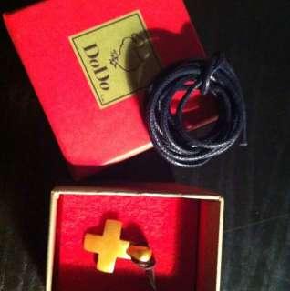 Pomellato croce ciondolo oro satinato.Nuova a Pavia    Annunci