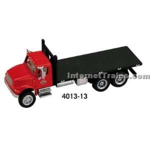HO Scale International 4900 3 Axle Flatbed   Red/Black: Toys & Games
