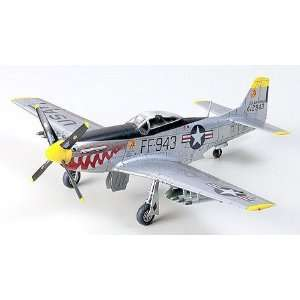 72 F51 Mustang Korean War Aircraft (Plastic Models): Toys & Games