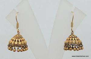 VINTAGE ANTIQUE ETHNIC TRIBAL SOLID 18 CARAT GOLD EARRING PAIR INDIA