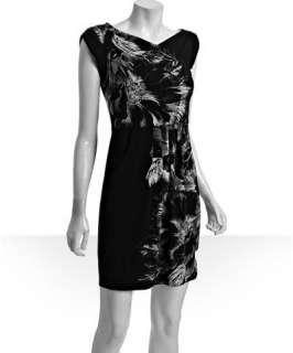 BCBGMAXAZRIA black hibiscus print jersey Nielsen shift dress